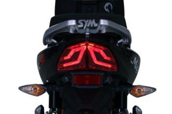 WG12B1-GR_taillight.A