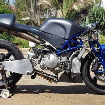 Η Eλληνική πρωτότυπη μοτοσυκλέτα της TEICM Racing Team.